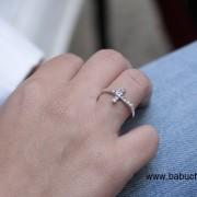 anillo de mujer en plata de ley cruz con circonitas